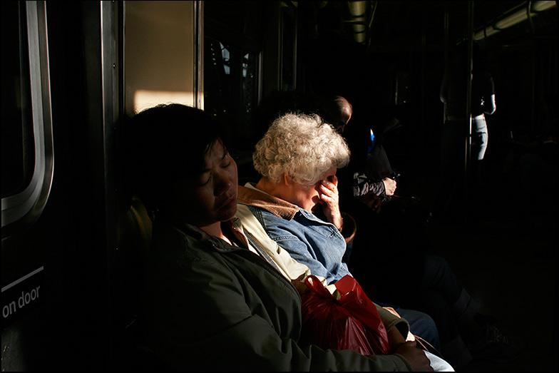 N Train ~ Manhattan Bridge ~ 6:40am - Click for next Image